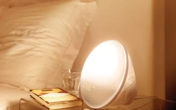 Philips HF3520/01 Wake-Up Light (Sonnenaufgangfunktion, digitales FM Radio) weiß - 6